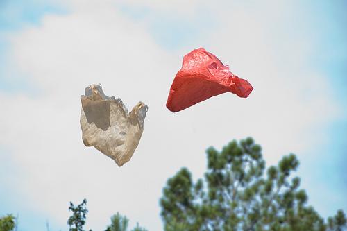 Plastic-tas-in-de-lucht